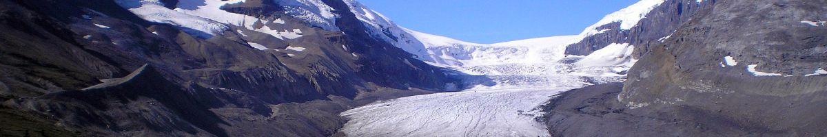 Unglaubliche Gletscher prägen das Landschaftsbild in Alberta.