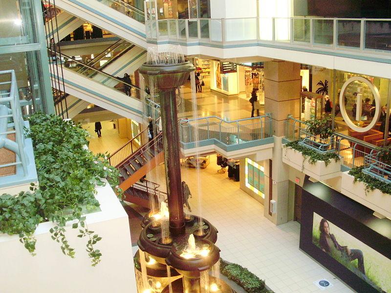 Shopping-Center in der Untergrundstadt von Montreal.